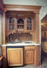 16-Bonus room wet bar with refrigerator