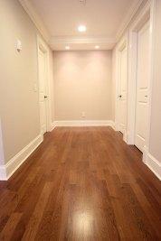 12-Hardwood flooring on 2nd floor gallery