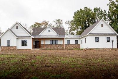 1-James-Hardie-white-siding-and-Andersen-bronze-windows
